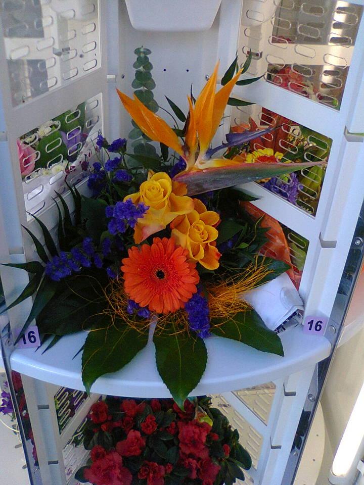 Optimal opbevaring af buketter m.m. i blomsterautomaten